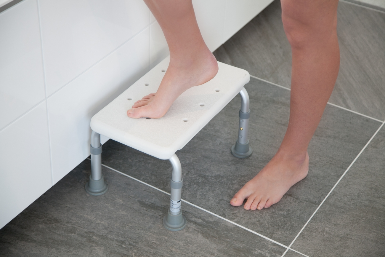 Verstelbaar opstapje - badzitje